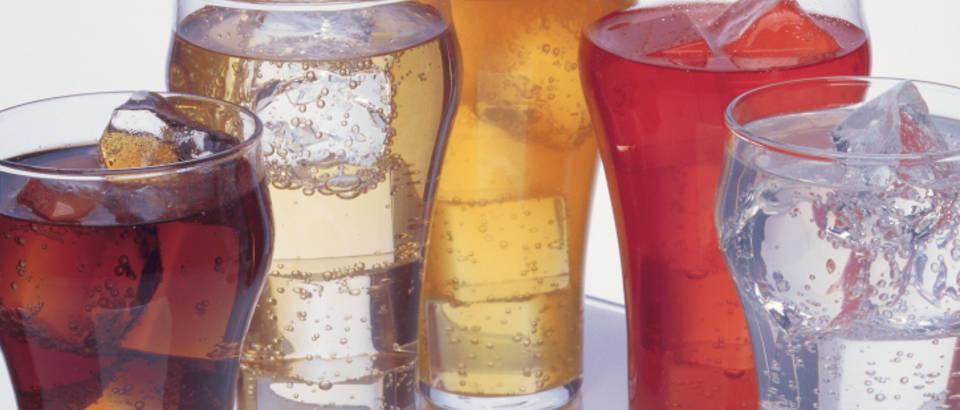 hipertenzije i gazirana pića)