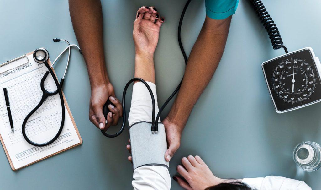 krvarenje iz nosa liječenje hipertenzije