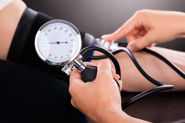 hipertenzija je koliko)
