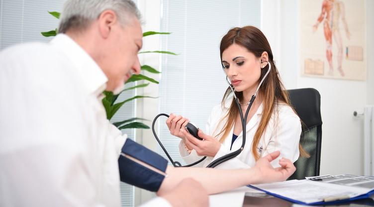 hipertenzija kao glavni uzrok moždanog udara)