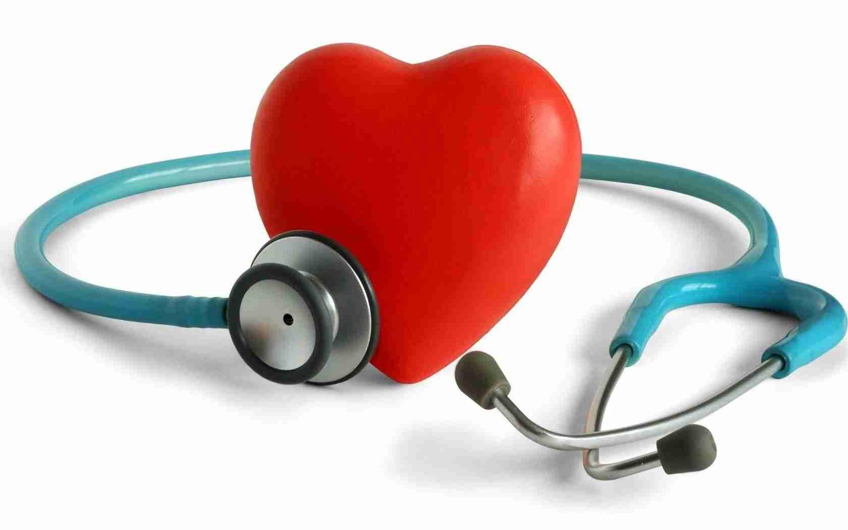 naglašava uzrok hipertenzije