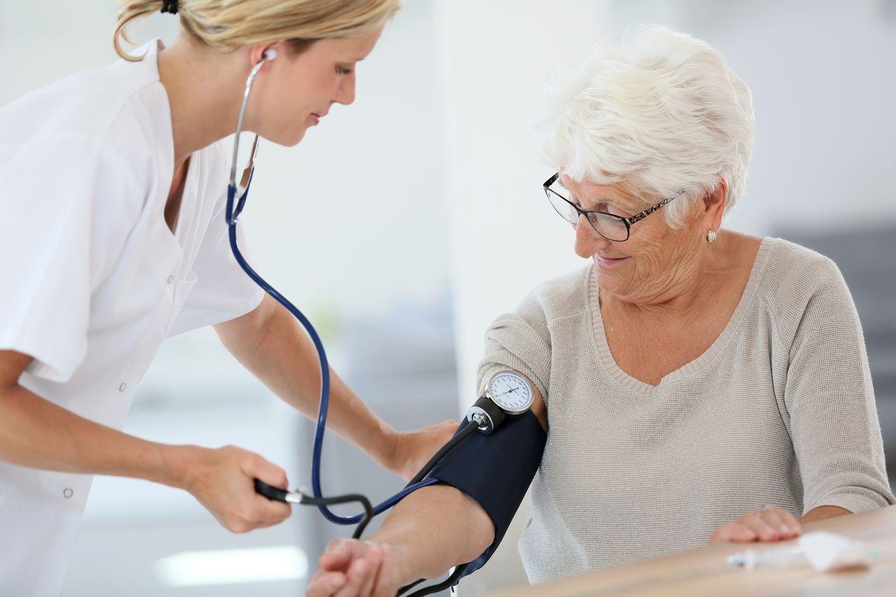 terapeut liječi hipertenzija thor je čekić hipertenzija