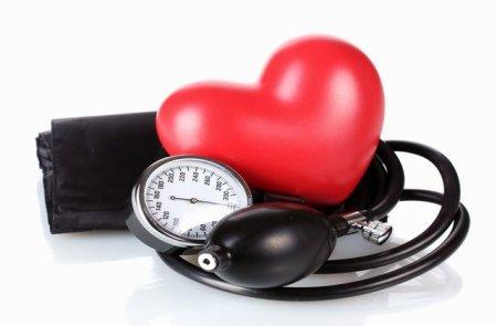 hipertenzija gdje staviti pijavice na