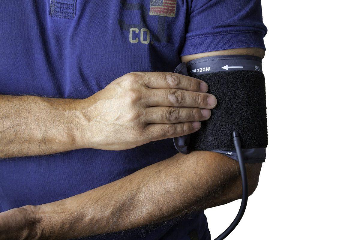 to je esencijalna hipertenzija)