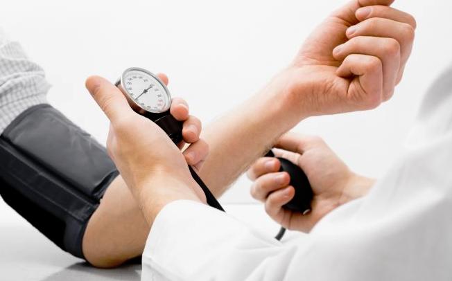 trebate znati o visokog krvnog tlaka