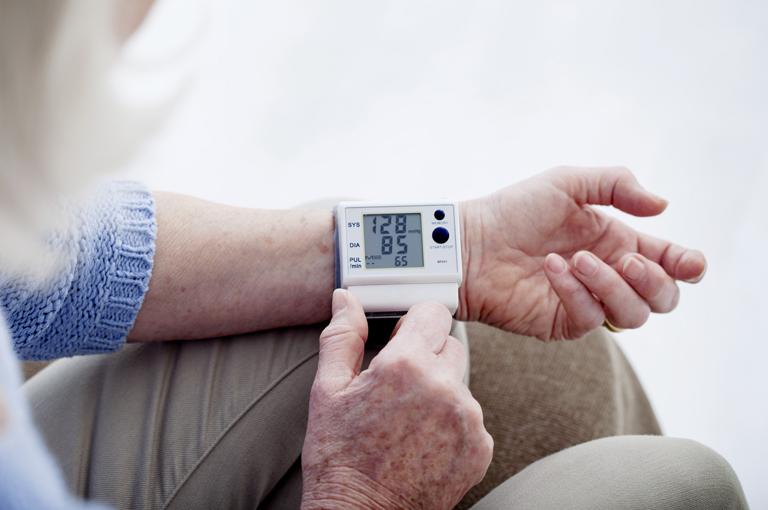 stranica o tome kako liječiti hipertenziju)