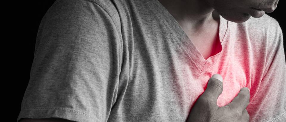 smanjuje srčane uzroke hipertenzija 1 stupanj 2 rizik