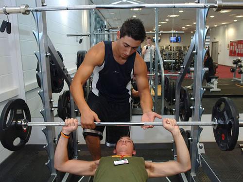 hipertenzije i powerlifting