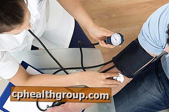 što se događa kada se visoki krvni tlak)