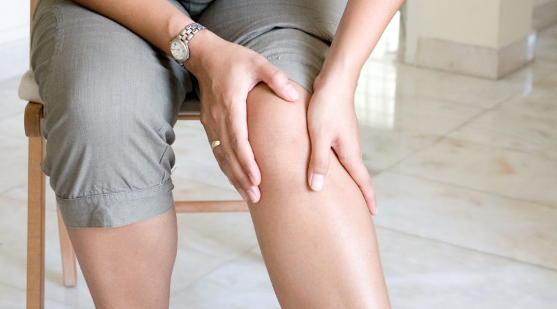 znaci manje srčanih udara kod žena koje pate na nogama)